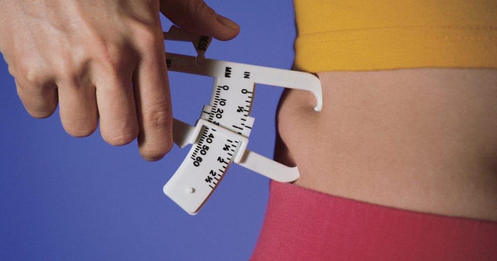 cómo determinar si tengo sobrepeso u obesidad