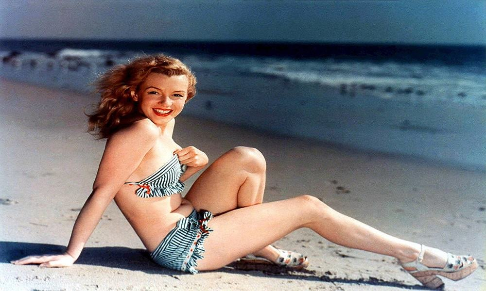 Moda retro y vintage de bikinis