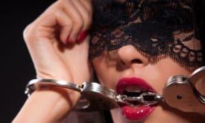 Sexo bondage para avivar la chispa de la relación de pareja