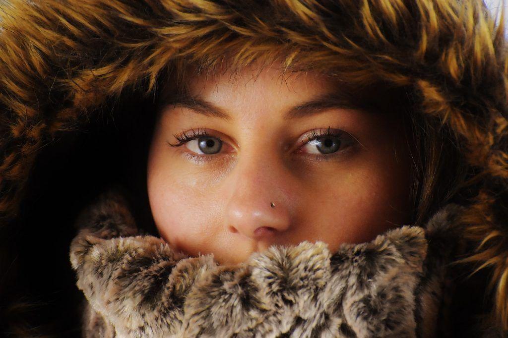 mujer look invierno