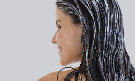 Co-washing: el método para lavarse el pelo sin champú