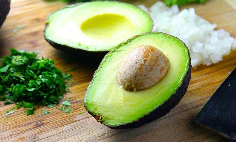 Aguacate, el oro verde para mantenerte saludable