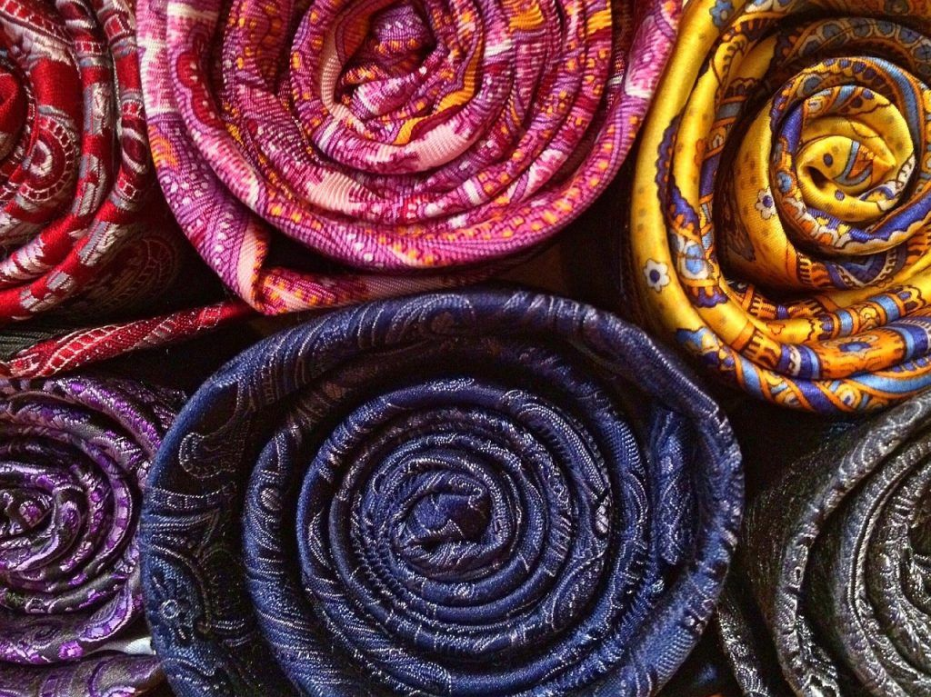 ropa sostenible seda