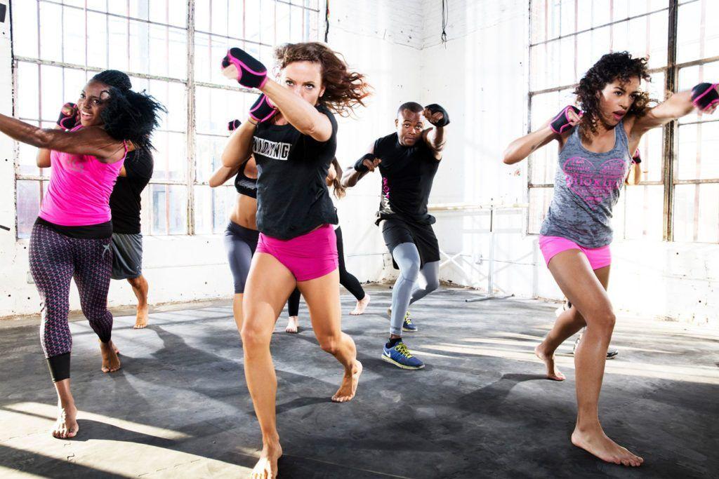 ejercicio boxeo de pilates