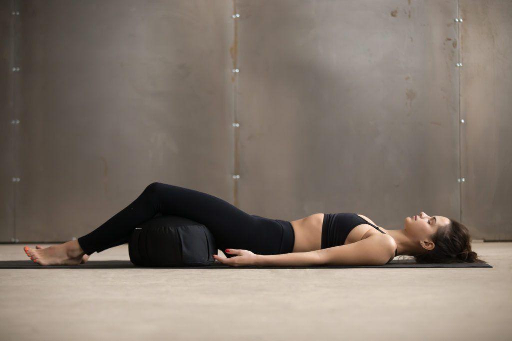 cojín para hacer yoga
