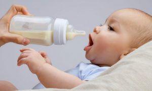 empezar a dar el biberón a tu bebé