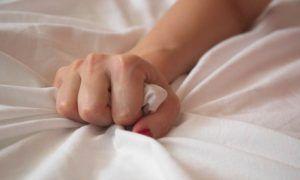 5 motivos y beneficios de masturbarse a diario