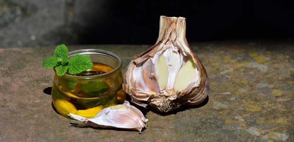 Garlic to relieve gases