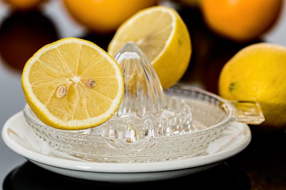 Lemon juice for gases