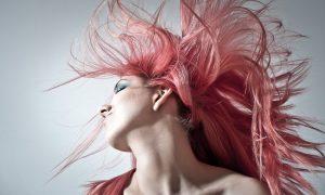 Consejos y trucos para mantener sano un cabello teñido