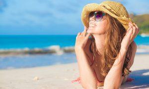 Consejos para evitar las manchas en la piel durante el verano