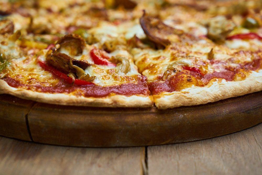 Pizza con ingredientes saludables