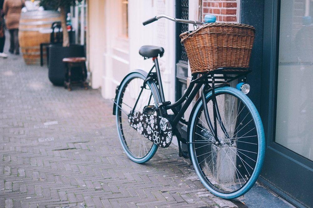 Utilizar la bicicleta en vez del coche es bueno para el planeta
