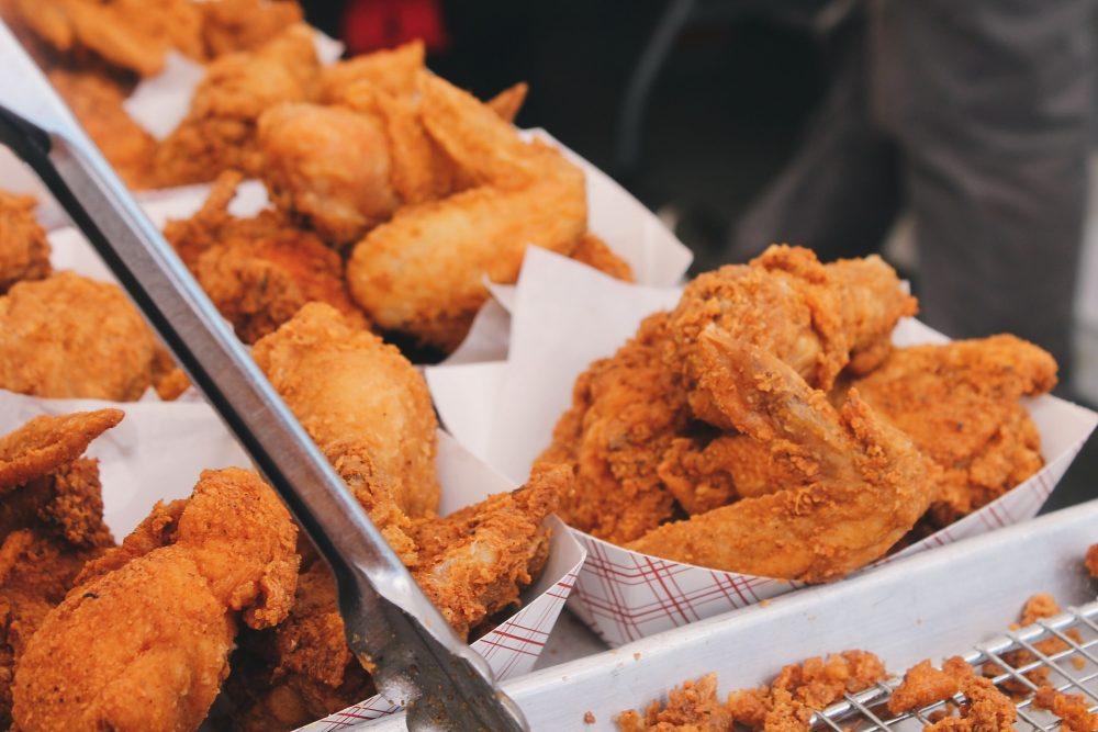 Evita comer fast food si quieres adelgazar
