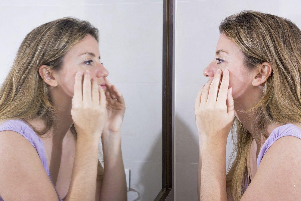 Se pueden usar limpiadores de poros para eliminar impurezas del rostro