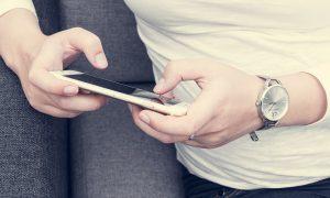 Los 5 smartwatch para mujer que mejor sientan y se combinan