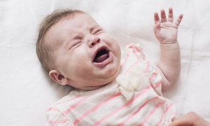 ¿Cómo calmar a un bebé que no para de llorar? Tips y consejos para lograrlo