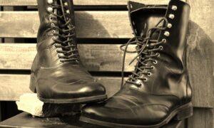 Ideas para combinar tus botas militares y sacarlas, por fin, del armario