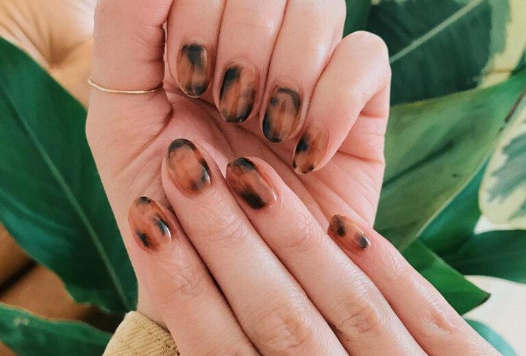 Cómo hacer las uñas carey