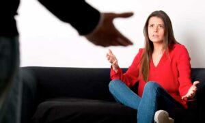 Señales que indican violencia de género y cuándo es recomendable hablarlo